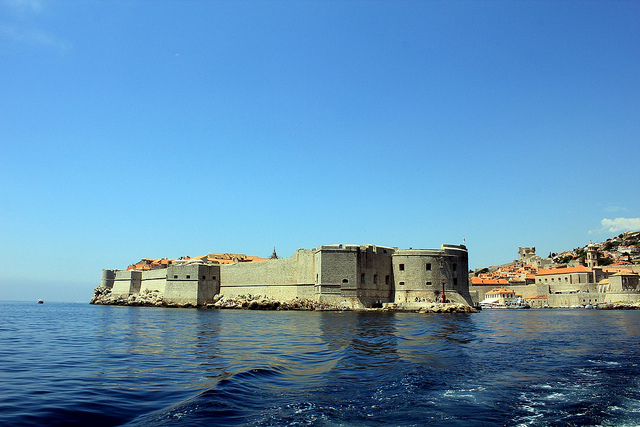The walls of Dubrovnik's Old Town as seen from the sea.(Photographer: Jose Miguel; Flickr)